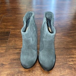 Splendid Lakota Chunky Heel Booties SZ 5.5